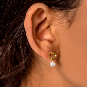 Pearl and auspicious knot ear studs - Rose Gold